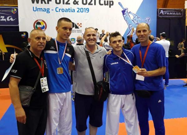 Karateistët e Kosovës sjellin 9 medalje nga Kroacia