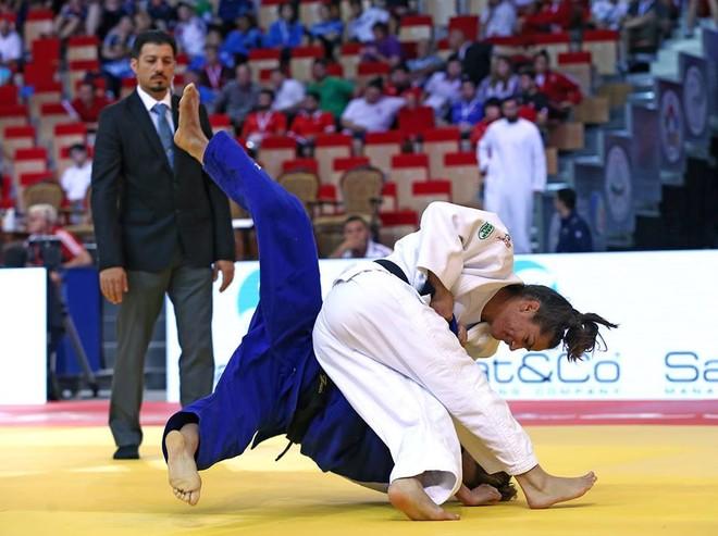 Majlinda e bronztë, medalja e dytë