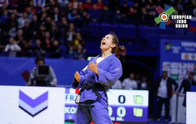 Majlinda në finale, siguron medalje olimpike për Kosovën