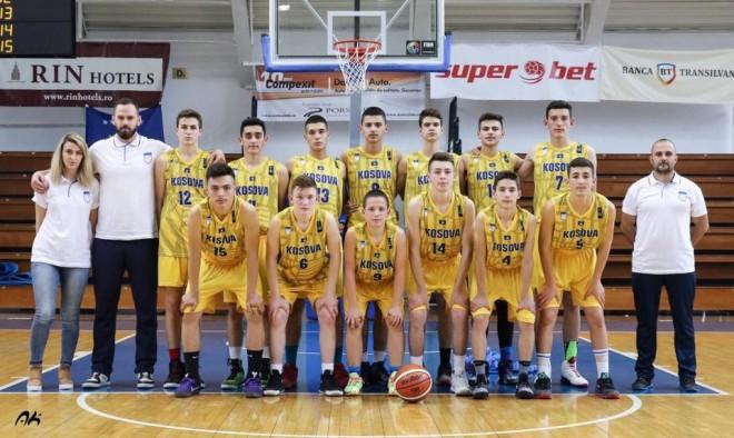 Basketbollistët 2002 në përgatitjet e fundit para turneut në Sofje