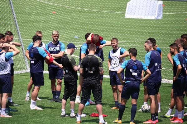Kosova U21 nis përgatitjet, këta janë ndihmëstrajnerët e skuadrës
