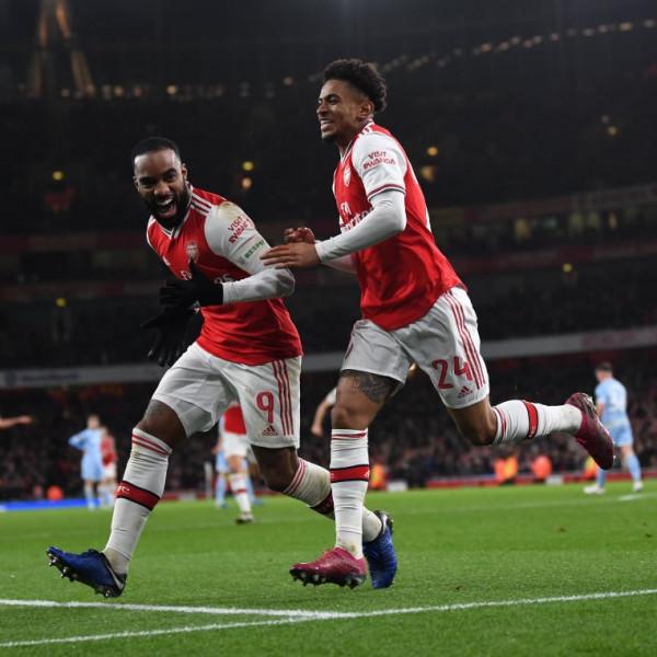 Goli i Nelsonit çon Arsenalin tutje