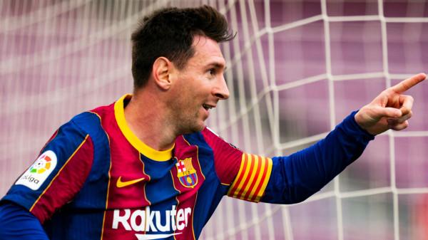 Messi e lë Laportën ende në pritje