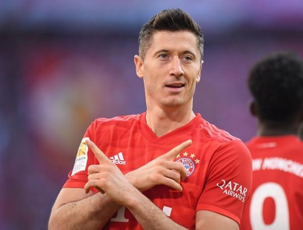 Gjasula me Paderbornin 'për pak' ndaj Lewandowskit