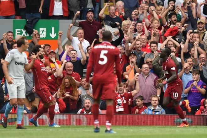 Shaqiri debuton, Liverpooli shkëlqen e fiton