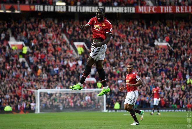 United shpërthen në 10 minutëshin e fundit