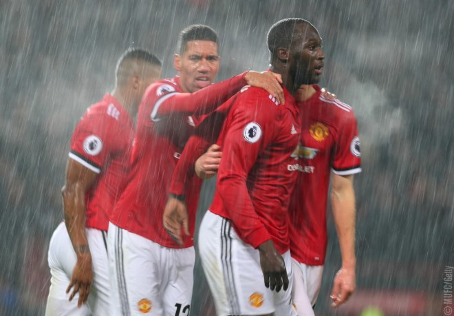 Lukaku me gol, United fiton