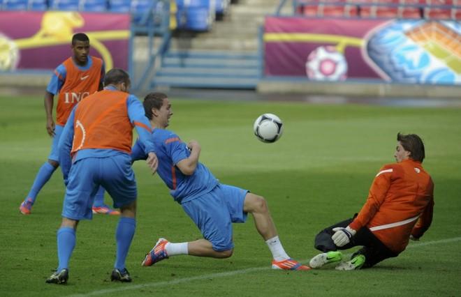De Jong konfirmohet te Sevilla