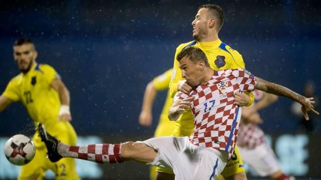 Si u morr vendimi për vazhdimin e ndeshjes Kroacia-Kosova?