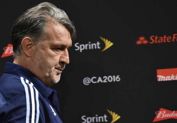 Argjentina pa trajner