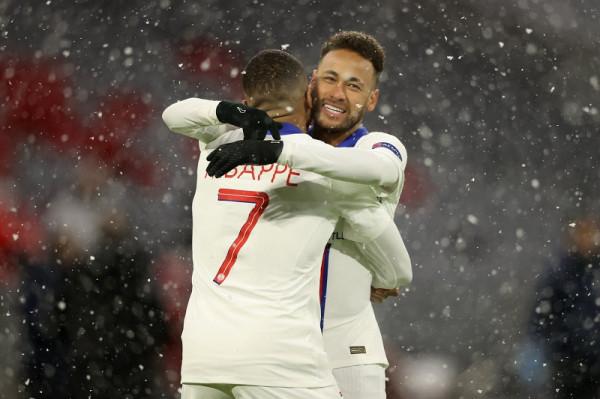 Mbappe e Neymar shkëlqejnë, PSG me avantazh ndaj kampionit