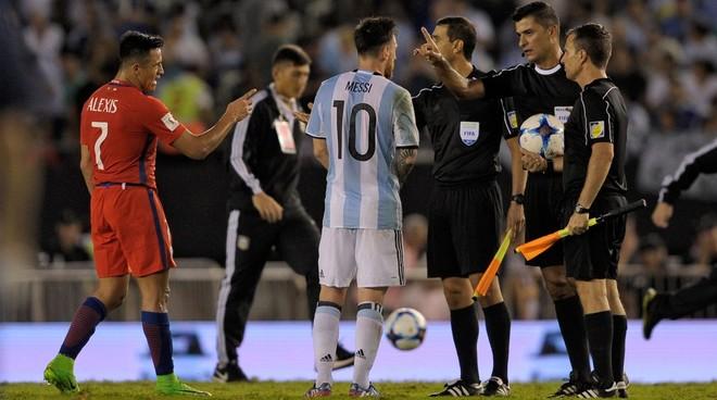 4 ndeshje suspendim për Leo Messin