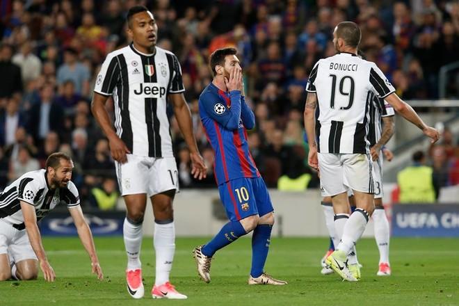 Juventus mban portën e paprekur, eliminon Barcelonën