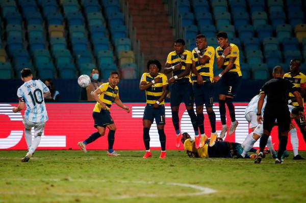 Mjeshtria e Messit siguron gjysmëfinalen për Gauchosët