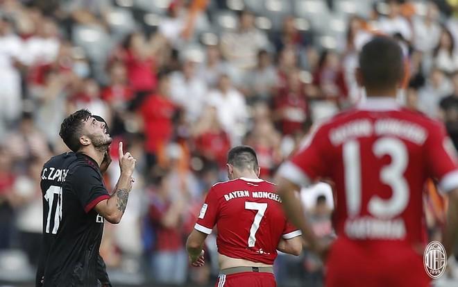 Milan i mrekullueshëm ndaj Bayernit