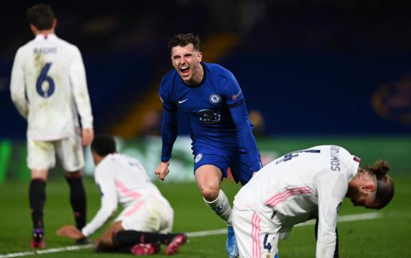 Pas 9 vitesh, Chelsea arrin finalen e tretë