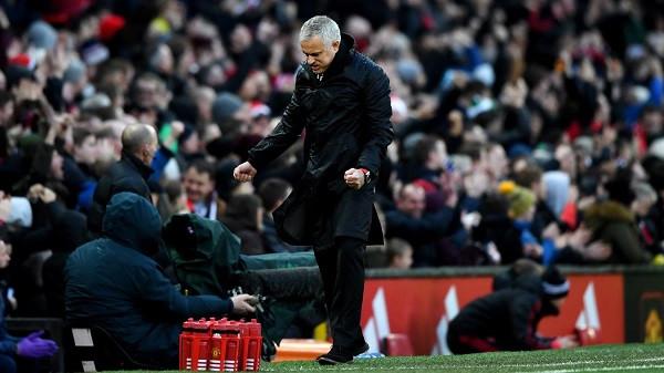 Lehtësim për Mourinhon, shkëlqen Rashford
