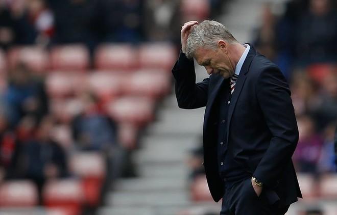 Ra nga Premier Liga, ofroi dorëheqjen