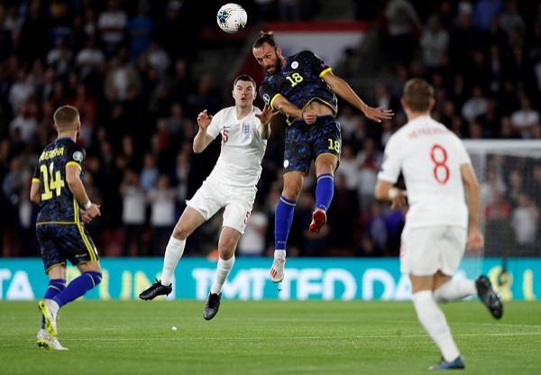 Prapaskenat e ndeshjes Anglia-Kosova