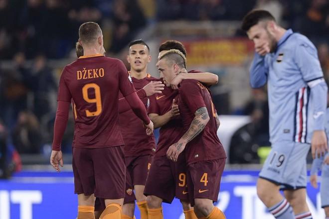 Roma lehtë në çerekfinale