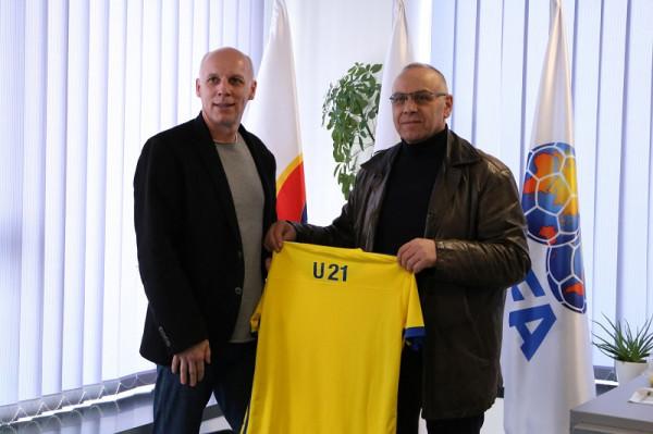 Një ditë pas shortit, Ademi prezanton selektorin e ri të Kosovës U21