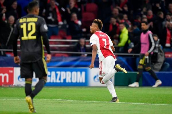 Neres i jep shpresë Ajaxit