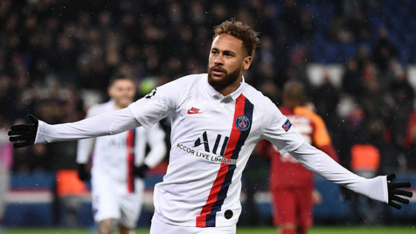 Neymar afër kontratës së re me PSG