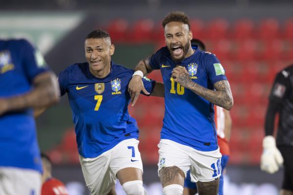 Brazili s'gabon, Neymar i afrohet Peles