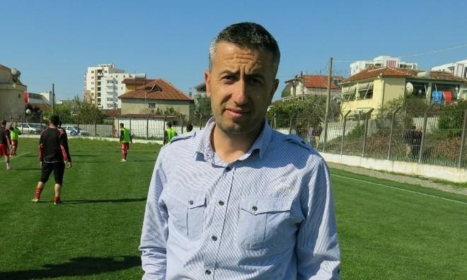 Liria i beson Samuel Nikajt për rikthim
