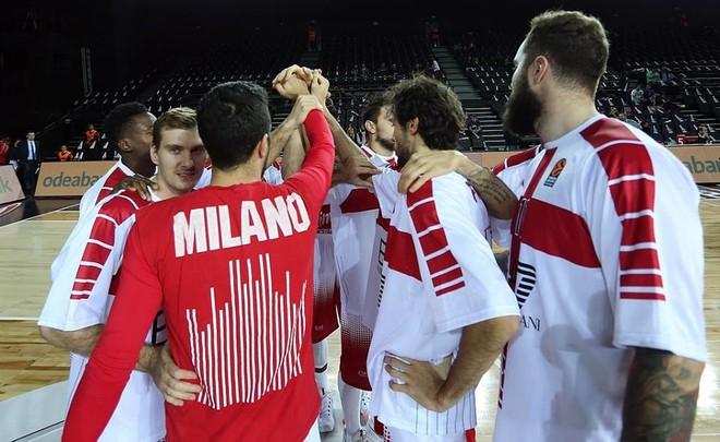 Armani Milano fiton dramën ndaj Darussafakas
