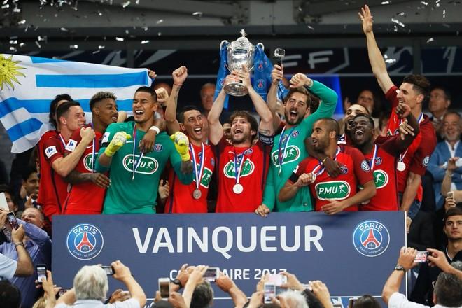 Me plot vështirësi, Parisi fiton Kupën e Francës