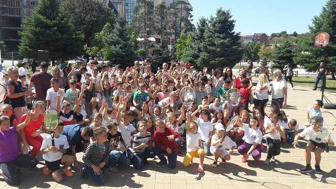 Panairi i sportit u mbajt sot në Gjakovë