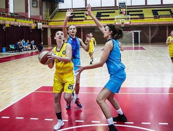 Pjesa e parë: Penza (F) - Prishtina (F)