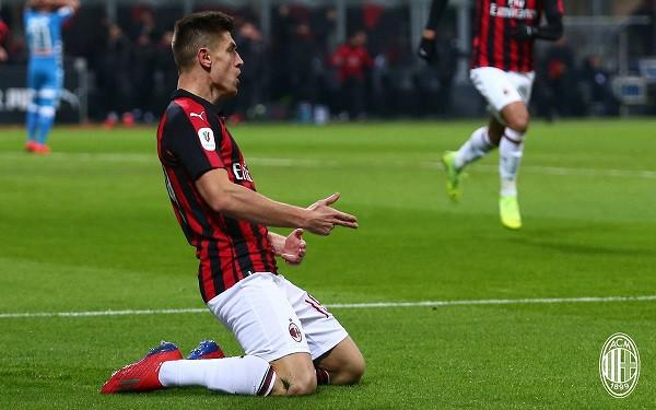 Super Piatek, Milan fiton me përmbysje