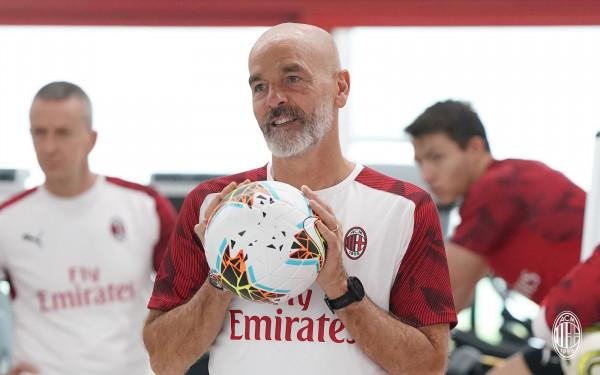 Milan vazhdon me Piolin 'brilant'