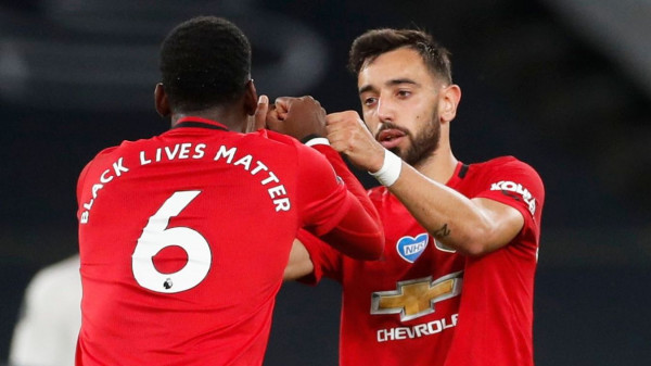 Penalltia shpëton Manchesterin