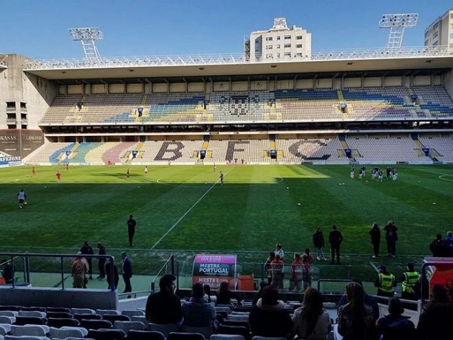 Kosova U19 në disavantazh pas 45 minutave
