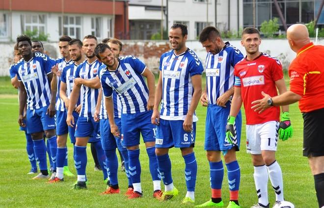 Debuton Fetahaj, Prishtina fiton me Khalidin