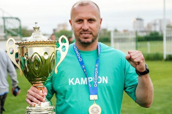 Vetëm një trajner i Superligës në TOP 1000 të botës