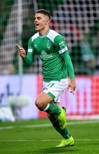 Falë Rashicës, Werderi arrin gj'finalen