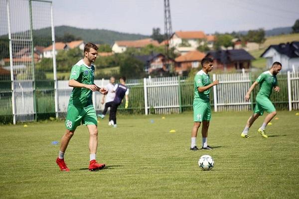 Feronikeli vazhdon stërvitjet me përforcimet e reja