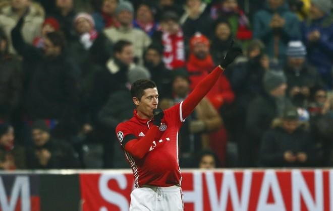 Mposhtet Leipzigu, Bayerni lider