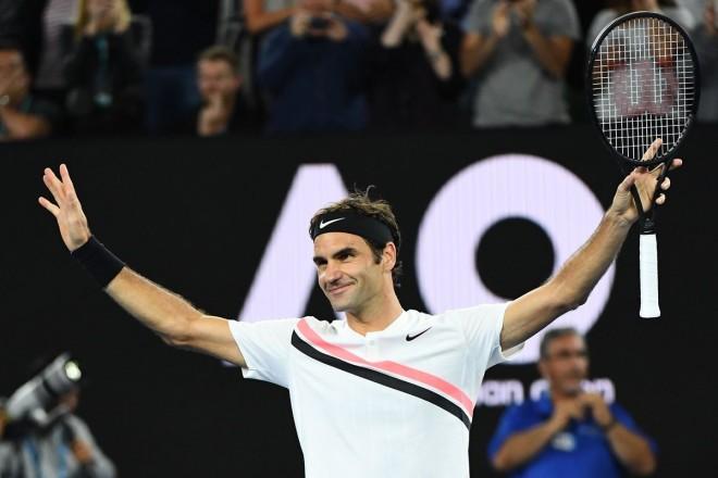 Federer pa probleme në gjysmëfinale