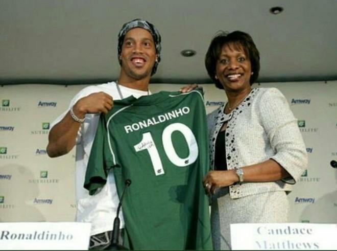 Ronaldinho mban fjalën!