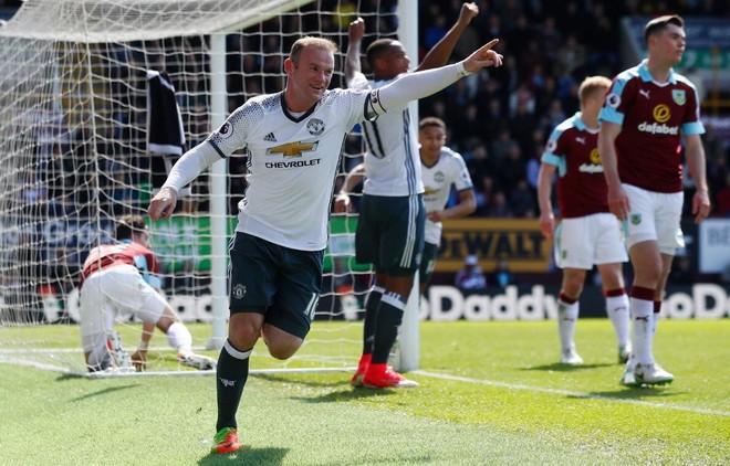 E treta radhazi, United fiton ndaj Burnleyt
