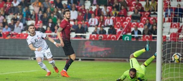 Turqia favorite ndaj Shqipërisë