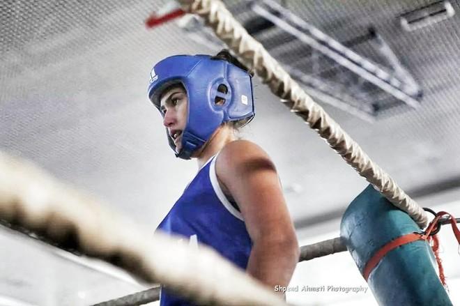 Përsëri 'përzihet' politika, boksieres nga Kosova i ndalohet pjesëmarrja