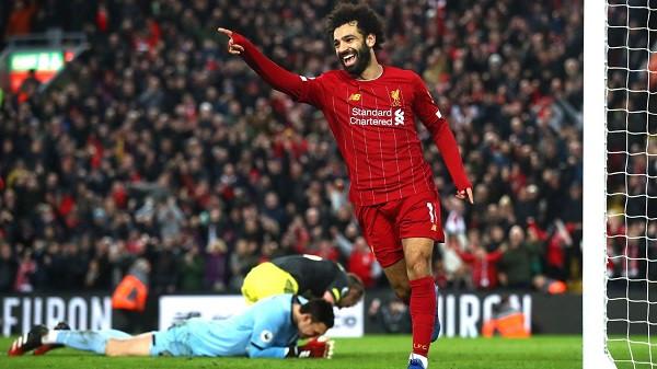 Çiftgolësh nga Salah, Liverpool 22 pikë përpara