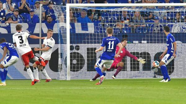 2 futbollistët e Kosovës në lojë, por Schalke nis me humbje