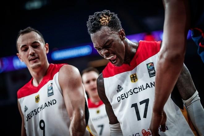 Vjen befasia, Gjermania eliminon Francën